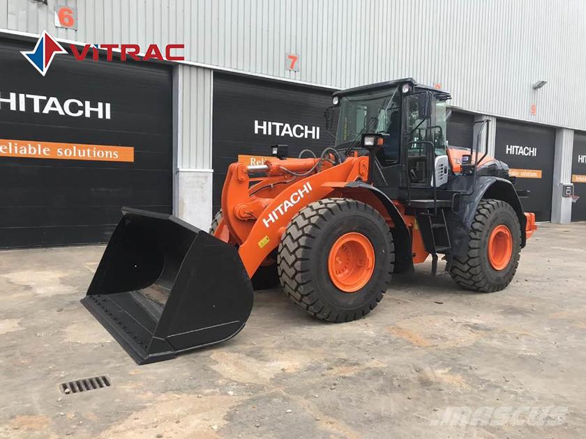 Máy xúc lật Hitachi zw220-5a
